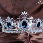 Blue Crystal King Prince Tiaras Crowns 3.5″ Unisex Full Round Hair <b>Jewelry</b> Clear Rhinestone Pageant Party Costumes <b>Art</b> <b>Deco</b>