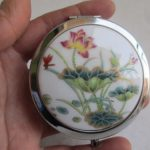 Exquisite ancient China Jingdezhen porcelain copper cosmetic lotus box / <b>Jewelry</b> box with small mirror