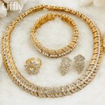 2018 Fashion Women Dubai Gold <b>Jewelry</b> African Beads <b>Jewelry</b> Set Crystal Christmas <b>Accessories</b> Nigerian Bridal Wedding <b>Jewelry</b>