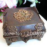 TJB985 Tibetan vintage <b>antiqued</b> flower <b>jewelry</b> box,13*12cm,Tibeta handmade big square metal store case,collectibles