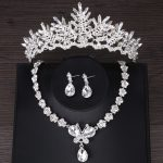 2018 Crystal Crown Necklace Earring Wedding <b>Jewelry</b> Sets For Brides Rhinestones Silver Plated <b>Jewelry</b> Tiara Hair <b>Accessories</b>
