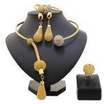 2018 New Fashion African Beads <b>Jewelry</b> Set Exquisite Carved Dubai Pure gold -color <b>Jewelry</b> Set Nigerian <b>Wedding</b> Bridal Bijoux