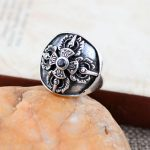 925 <b>sterling</b> <b>silver</b> <b>jewelry</b> inlaid Onyx Crusader flower fashion men's ring 042521w atmosphere