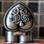 European Russia Gothic classic princess metal <b>jewelry</b> box rose casket lover heart metal box Miniatura Jardim Model