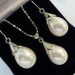 Prett Lovely Women's Wedding wholesale 12*16mm water drop white shell pearl beautiful design earrings & pendant necklace <b>jewelry</b>