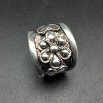 hot sell new – free shipping Miao silver silver ring plum new creative <b>handmade</b> <b>jewelry</b> ring
