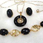 Prett Lovely Women's Wedding charming green/red gem -black stone mixed bracelet/earring/ring set 5.23