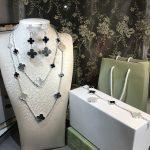 Brand Women Wedding Jewelry Set 16 Flower Necklace Mother Black Onxy Grey Shell Pearl Clover Drop Earrings <b>Bracelet</b> Rings Set