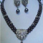 Prett Lovely Women's Wedding Beautiful Black pearl necklace earring pendant sets