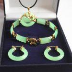 Prett Lovely Women's Wedding new! woman's noblest 18kgp green gem dragon pendant & earring bracelet <b>jewelry</b> set silver-<b>jewelry</b>