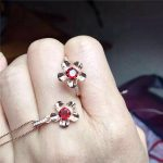 KJJEAXCMY boutique jewels 925 pure <b>silver</b> inlaid with natural garnet female pendant <b>earrings</b> ring 3 pieces of gold and <b>silver</b> co