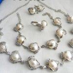 Hot sale new Style >>>>12MM White Baroque Freshwater Pearl Zircon Necklace <b>Bracelet</b> Earring Ring Set