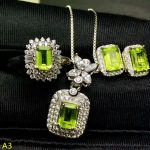 KJJEAXCMY Boutique jewels 925 pure <b>silver</b> inlaid natural olivine female pendant pendant ring 3 sets of <b>silver</b> gold.