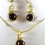 Prett Lovely Women's Wedding Chocolate South sea Shell Pearl Earrings & Necklace Pendant Set 18″ >AAA GP Bridal brincos