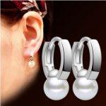2017 new arrival hot sell fashion pearl <b>earrings</b> 925 <b>sterling</b> <b>silver</b> ladies`stud <b>earrings</b> jewelry Valentine's Day gift wholesale