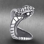 QMHJE Punk Stainless Steel Men Snake Ring Animal Cobra <b>Antique</b> Silver Male Rings Engagement Vintage <b>Jewelry</b> Biker Band DAR220
