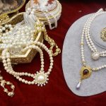 Vintage <b>antique</b> <b>jewelry</b> elegant golden palace artificial pearl necklace rhinestone Vintage wedding sweater chain