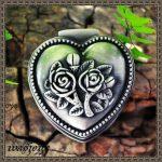 Heart Shape European Carve Patterns Designs Rose Metal Box Princess Wedding Gift Zinc Alloy <b>Jewelry</b> Storage Box Small for Girl