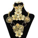 2018 New Nigerian Women Charm Flower Necklace Gold <b>Jewelry</b> <b>Accessories</b> Ethiopian Fashion Pearl <b>Jewelry</b> Sets Wedding Dress Design