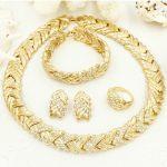 Wholesale Fashion Top <b>Jewelry</b> Sets Women Charm Necklace Dangle Earrings Dubai Wedding Gold African Bride <b>Jewelry</b> <b>Accessories</b>