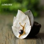 6.5×4.5cm <b>Antique</b> shell Metal Snail leaves Brooches With Natural Stone freshwater Pearl Brooch Pins Women Vintage <b>Jewelry</b> gift