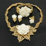 2017 New Fashion Charm Dubai Bride Gold <b>Jewelry</b> <b>Accessories</b> Exquisite Rose Necklace Nigeria Ladies Party <b>Jewelry</b> Set / Wholesale