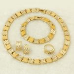 YIWU CZ Italy New Women's Gold <b>Jewelry</b> Snake Pattern Crystal Necklace <b>Jewelry</b> Set Africa Nigeria Bride Wedding Party <b>Accessories</b>