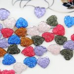700pcs mixed colors Matte <b>art</b> <b>deco</b> Hearts cameo filigree resin Cabochons DIY Flatback Appliques foiled rhinestone gem Cabs D25