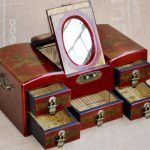 WOW -2017 Christmas BEST propitious present retro <b>antique</b> vintage red wood Jewel <b>Jewelry</b> Box -cosmetic mirror box Unique gift