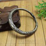 <b>Antique</b> wholesale Miao silver bracelet <b>Jewelry</b> <b>antique</b> do old carving pattern interface Bracelet