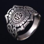 Boutique sales, bronze <b>antique</b> silver rings, retro <b>jewelry</b>, flower shaped glyph Knights ring