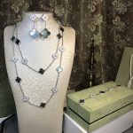 2018 new Brand Pure 925 Sterling <b>Silver</b> 20 Flower Jewelry For Women Natural Grey Mother Shell Pearl Flower Wedding Jewelry Set