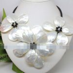 Free shipping Exquisite hand weave white mother of pearl shell flower <b>necklace</b> fashion jewelry