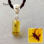 Yoowei Amber Pendant <b>Necklace</b> for Women Graceful Flying Bugs Irregular 13*7mm Long Drop Natural Insects Amber Pendants Wholesale