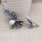 JUJIE Pearl Crystal Retro Brooch Pin For Women Fashion Bijoux <b>Antique</b> Silver vintage Leaf Brooch Dress Fashion <b>Jewelry</b> Girl Gift