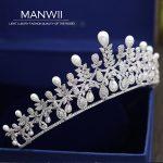 MANWII New AAA Zircon Tiaras Crowns European style pearl ornaments bride marriage <b>wedding</b> dress accessories hair <b>jewelry</b> HD2046
