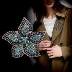 <b>Antique</b> Style Crystal Rhinestone Flower Brooch Metal Rose Pin Women Garment Fashion <b>Jewelry</b> Clothing Accessory