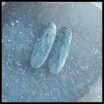 Sales 1Pairs Natural Stone Blue Kyanite Oval Shape Front Drilled Earring Bead 28x10x4mm 4.55g Blue Color Man <b>Fashion</b> Earrings