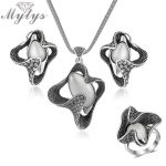 Mytys Retro Grey Black Vintage <b>Jewelry</b> Sets for Women Opal Pendant Flower Shape <b>Necklace</b>/Earrings/Ring sets CN350 R2017