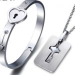 Fashion <b>Accessory</b> The Couple Bangle Bracelet Female Lettering Concentric Lock Ring Eternal Ring Man Key Lock Necklace <b>Jewelry</b>