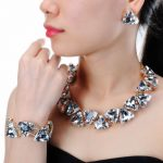 Jerollin <b>Fashion</b> <b>Jewelry</b> Set Alloy Chain 4 Colors Triangular Glasses Statment Choker Necklace Earrings Bracelet Set