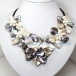 Wholesale Free P&P*** white black mother of pearl shell 5 flower <b>handmade</b> pendant necklace 18″ <b>jewelry</b>
