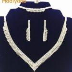 Free Shipping Fashion Prom Wedding Bridal Jewelry Crystal Rhinestone Necklace Earring Sets 4pcs shining V Shaped sliver BN4220