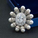 Classic Vintage Design Austrian Rhinestone Crystal CZ Cubic Zirconia Brooch Pin Broach For Woman <b>Jewelry</b> <b>Accessories</b> 83601