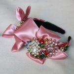 Charm Catwalk Pink Silk Satin Bow Hairband Pearl Cystal Flowers Baroque Hair Accessories Headwear <b>Jewelry</b> <b>Wedding</b> Party Crown