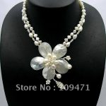 Natural Mother of Pearl Shell Freshwater Pearl Flower Leaf <b>Necklace</b> 18″