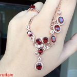 KJJEAXCMY boutique jewels 925 pure <b>silver</b> inlaid with natural garnet female pendant ring <b>earrings</b> 3 pieces of jewelry.