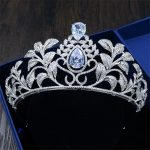 2017 New Bride Headdress Leaf Shape <b>Silver</b> Crown Simple Atmosphere Zircon Hair Ornaments Wedding Studio Hair <b>Jewelry</b> CA-GHB003