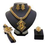 2018 New Fashion Exquisite Dubai <b>Jewelry</b> Set Luxury Gold-color Big Nigerian Wedding African Beads <b>Jewelry</b> Set Costume Design