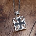 Mprainbow Mens Necklace Stainless Steel Vintage Knights Templar Iron Cross Pendant Necklace for Men Biker Maltese Cross <b>Jewelry</b>